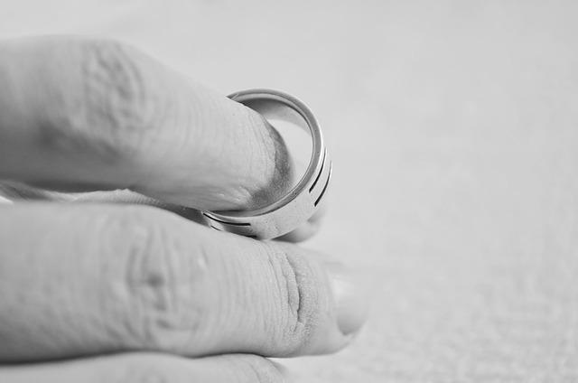Proč se Češi tak často rozvádí?