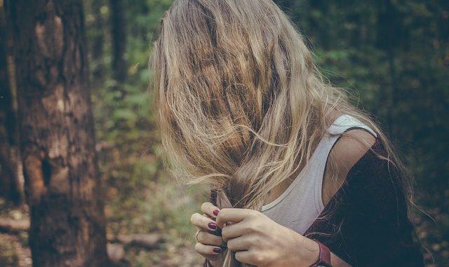 Nebojte se copánků, zvládnete je i s kratšími vlasy!