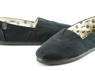 Univerzální obuv k sukni i kalhotám - slip on