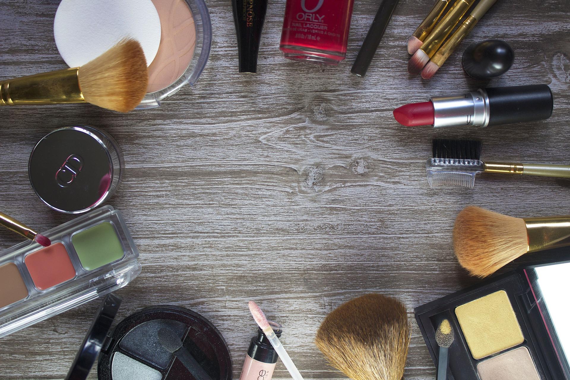 Kosmetika do kabelky