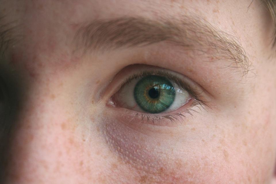 eye-1030214_960_720