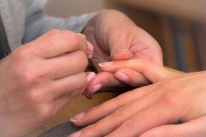 fingers-376812_640